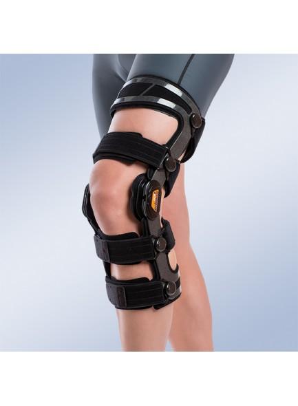 коленный ортез жесткой степени фиксации